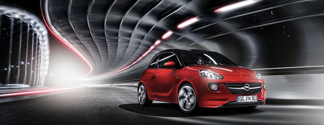 Opel Adam, Sportive et élégante