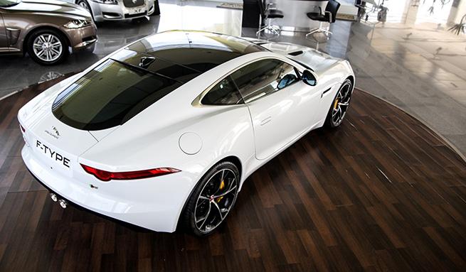 La Jaguar F-Type exposée chez Alpha International