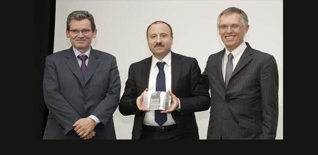 Aures Auto reçoit le prix du meilleur importateur