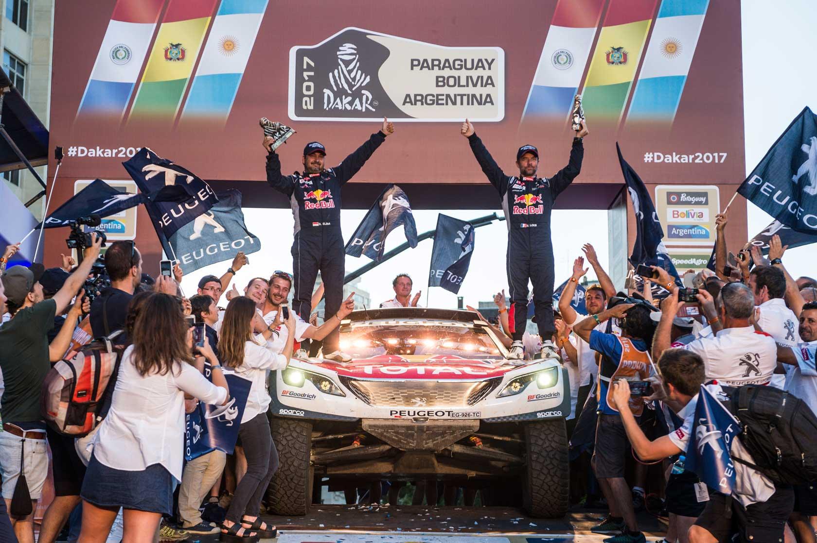 les Peugeot 3008dkr signent un triplé historique au dakar 2017