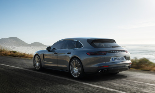 Porsche dévoile la Panamera en version Sport Turismo