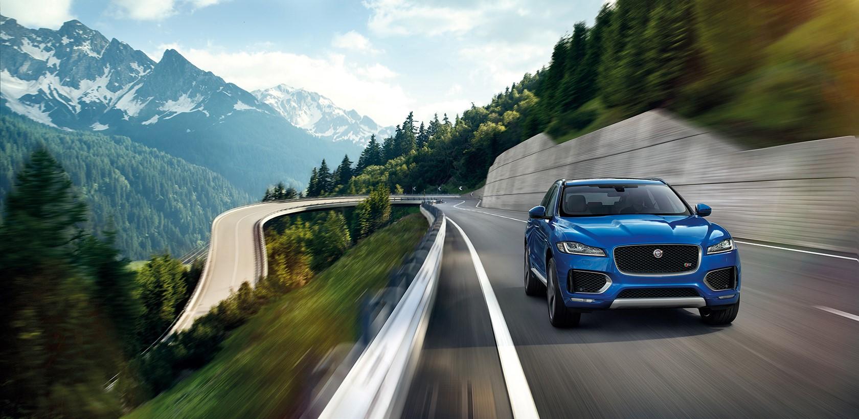 La Jaguar F-Pace élue voiture de l'année et plus belle voiture du Monde 2017
