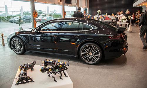 Porsche Tunisie accueille l'expo «Osons le Fer»
