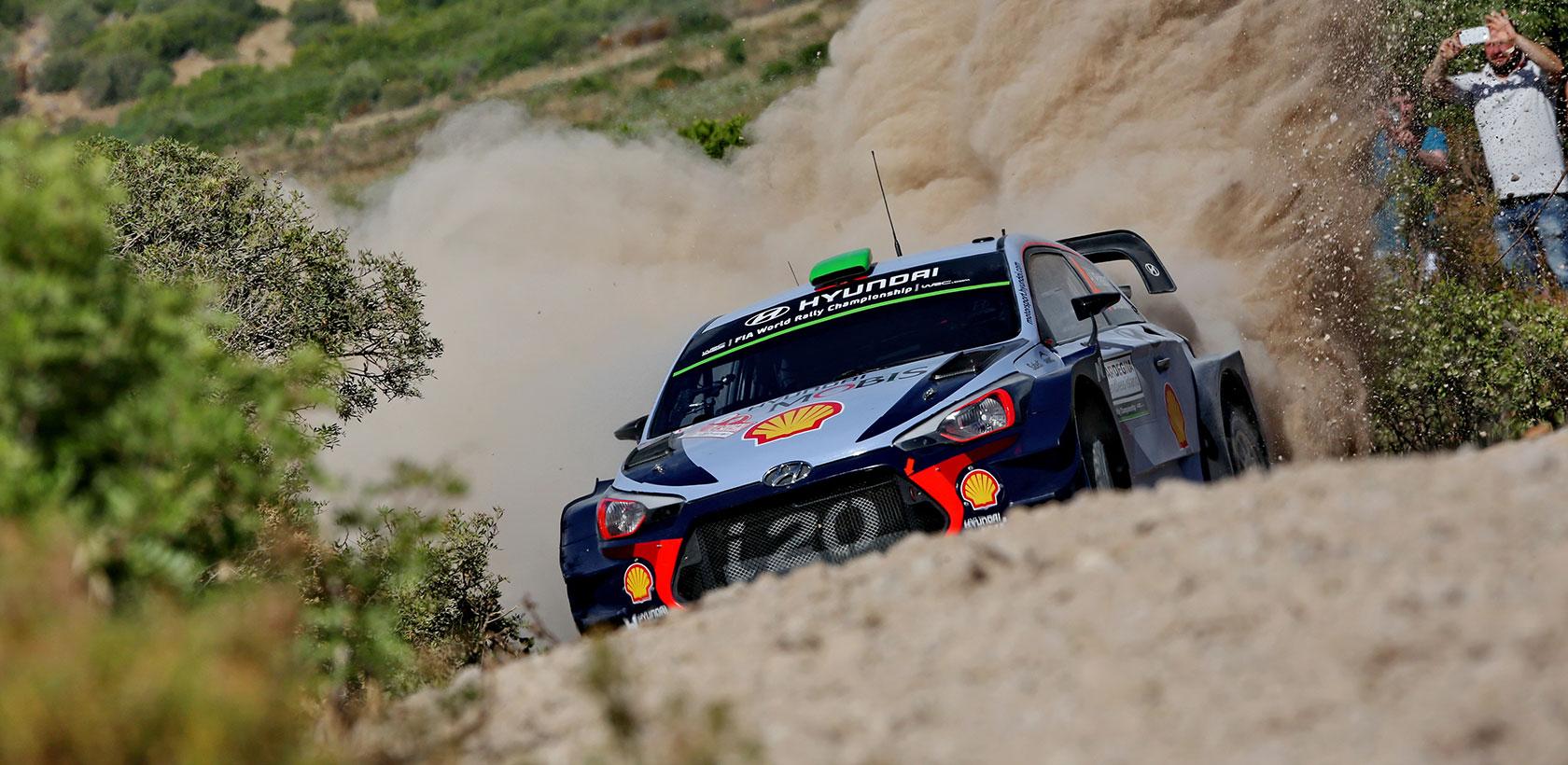 Rallye d'Italie, Hyundai Motorsport termine encore sur le podium