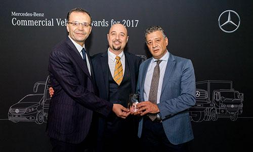Le Moteur-ICAR remporte le prix du meilleur Distributeur Carrossier Bus Mercedes-Benz