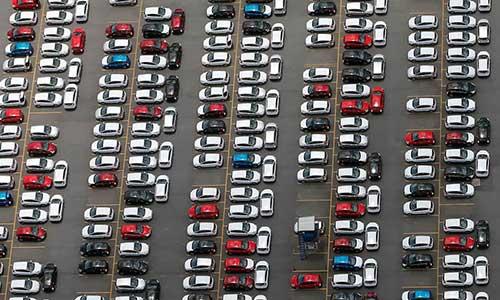 Les véhicules importés via FCR, incessibles pendant 1 an