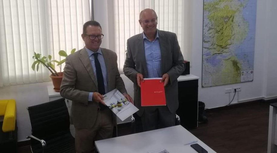 Signature d'un partenariat entre Hertz et Afrique Assistance