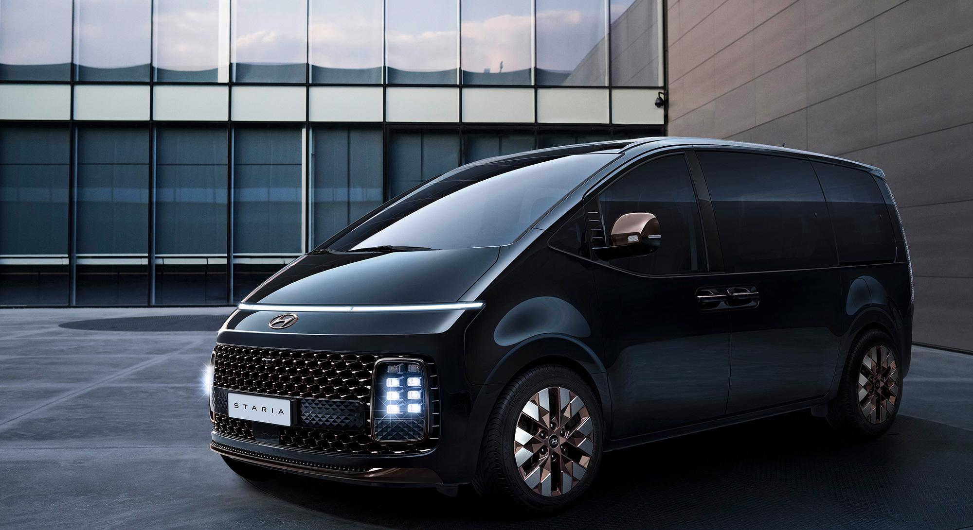 Hyundai Staria, un monospace premium très futuriste